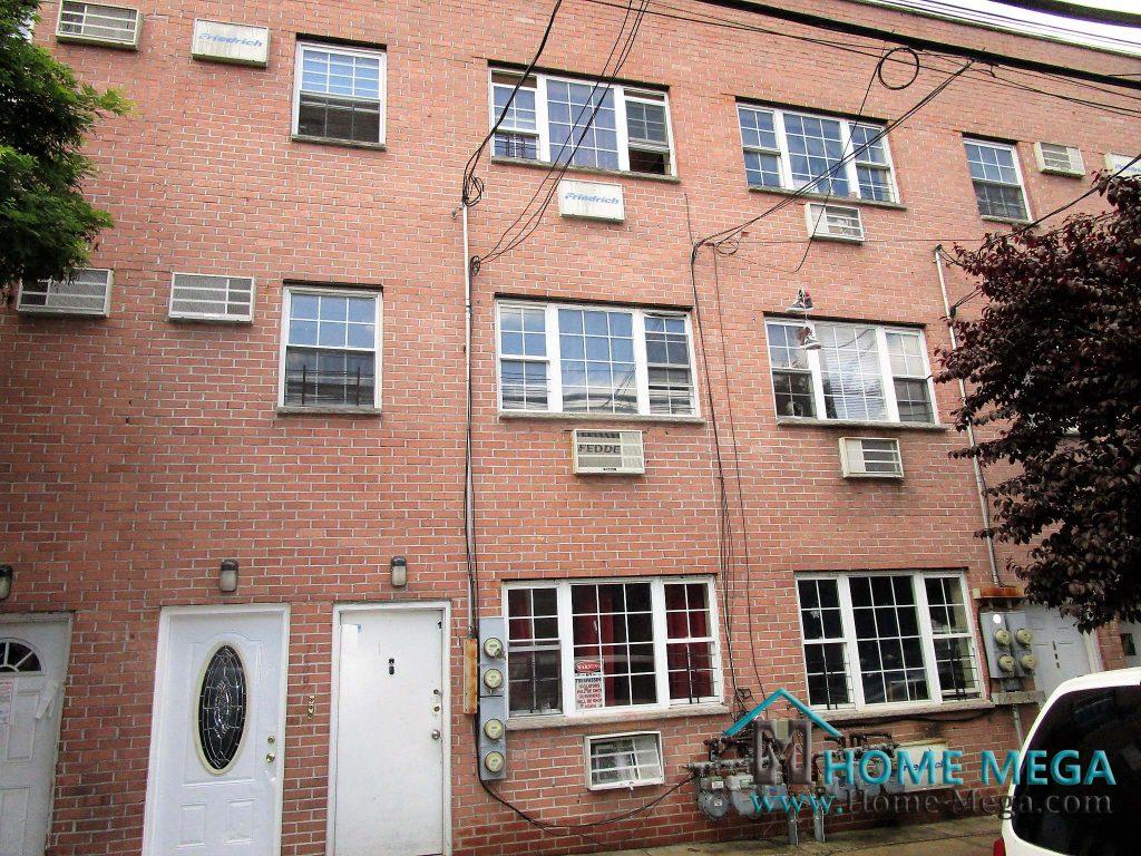 789 Jennings St Bronx, NY 10459