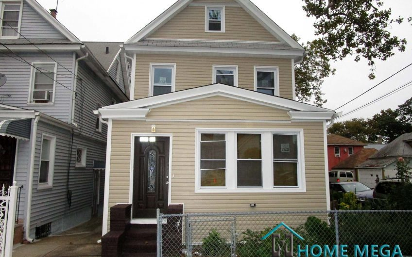 Single Family Home For Sale in Richmond Hill, Queens NY 11419. Detached 1 Family Home For Sale in Richmond Hill, Renovated End To End!