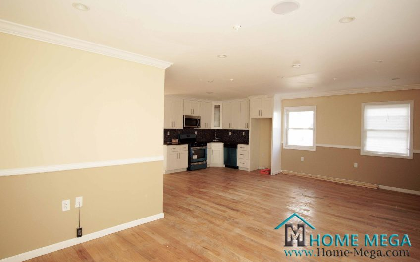 Mother and Daughter home for sale in Saint Albans, Queens NY 11412. Newly Built Mother and Daughter Home + Basement + Parking!