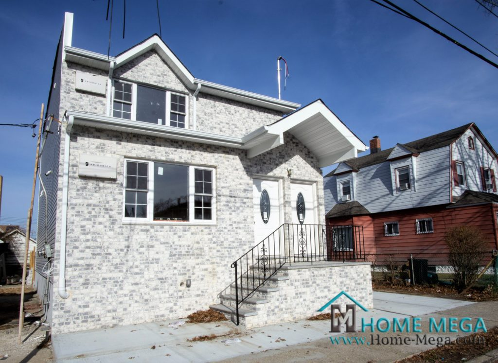 172-43 126th Ave Queens, NY 11434