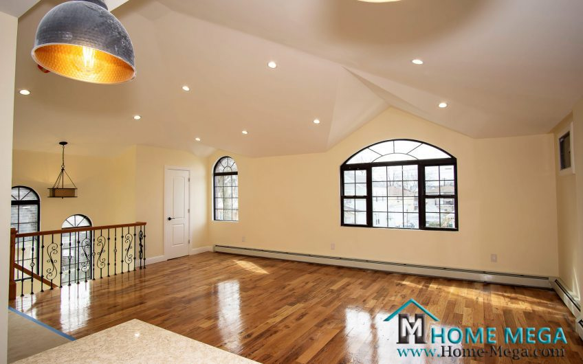 Two Family Home For Sale in South Ozone Park, Queens NY 11420. An Amazingly Renovated Two Family Mansion Style!