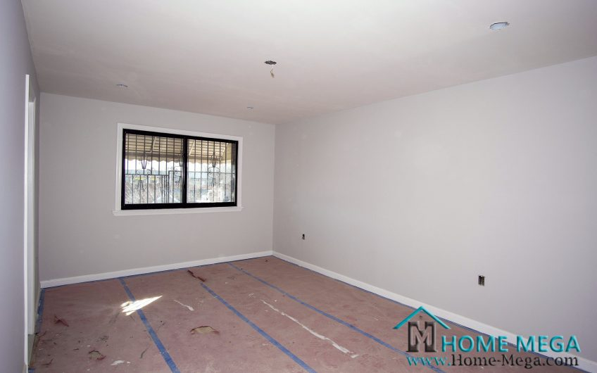 One Family For Sale in Soundview, Bronx NY 10473. Stunningly Renovated HUGE One Family For Sale – 2,000 s.ft Building!!!