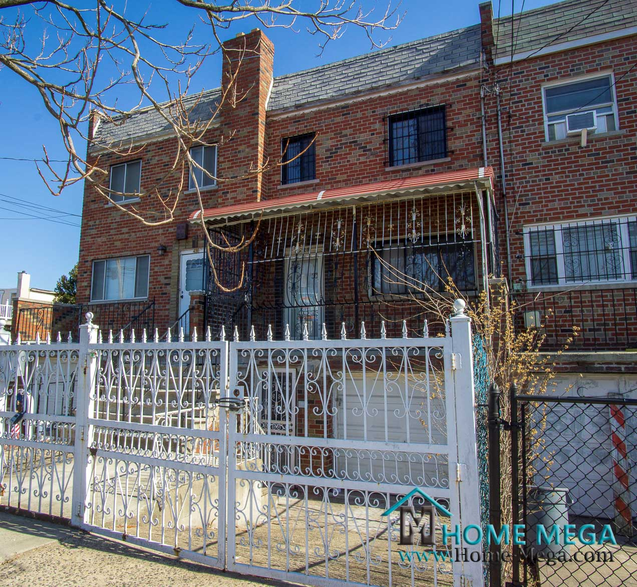 One Family For Sale in Soundview, Bronx NY 10473. Stunningly Renovated HUGE One Family For Sale - 2,000 s.ft Building!!!