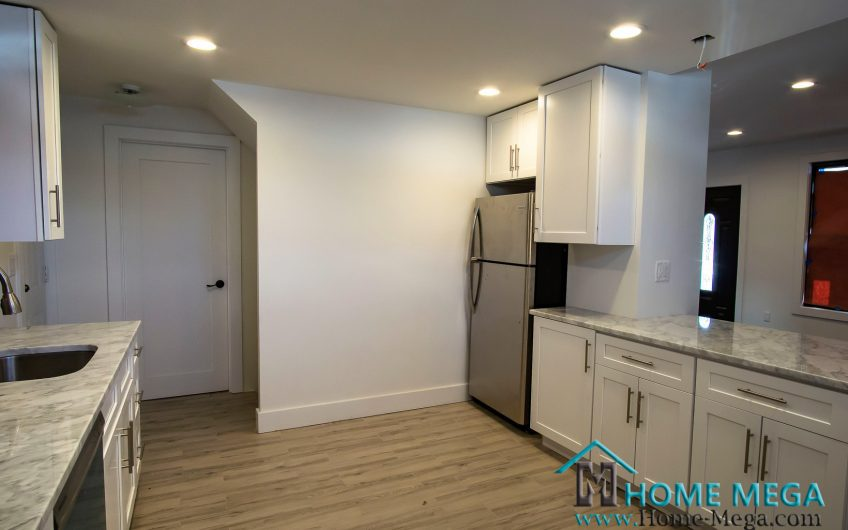 1 Family House for Sale in Saint Albans, Queens NY 11412. Corner, Detach & Perfectly Renovated One Family!